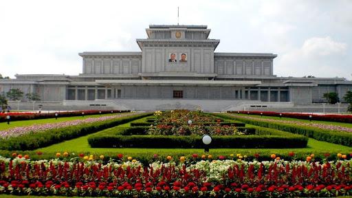 Corée du Nord: un pays sécurisé plein d'armée pour les touristes