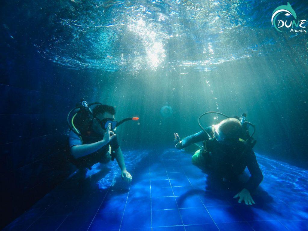 Baptême Plongée Bali: bases pour plongeurs novices